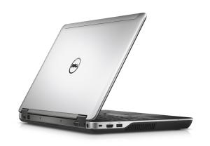 Magnesiumdeckel und umlaufende Alukante - das Gehäuse der Precision M2800 macht einen wertigen Eindruck (Bild: Dell).