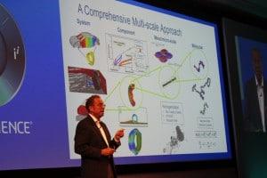 CTO Bruce Engelmann zeigt die Simulationsmöglichkeiten an einem Reifen von der Gummimischung bis zum Fahrversuch.