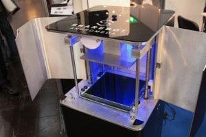 Andromeda von Sharebot: Ein Harzdrucker mit DLP-Technologie als Prototyp