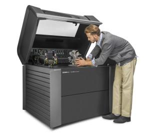 Jetzt mit Adobe Farbdruckengine: Die Stratasys Connex3 (Bild: Stratasys).