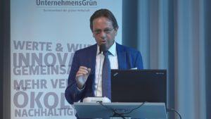 Uli Sendler spricht bei der Heinrich-Böll-Stiftung über Industrie 4.0 und die digitale Welt von morgen.
