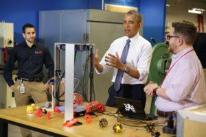 Präsident Obama interessierte sich sehr für 3D-Druck, Maker und andere moderne Trends (Bild: @ObamaWhiteHouse).