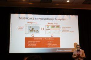 SolidWorks-VP Suchit Jain erläutert die zweigliedrige SolidWorks IoT-Strategie.
