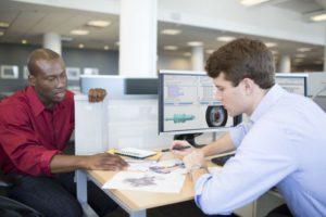 Die Leistungsfähigkeit der CAD-Anwender hängt von ihrem Wissensstand und ihren Werkzeugen ab (Alle Bilder: PTC).