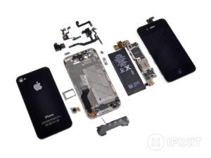 Geöffnetes iPhone 4s von iFixit